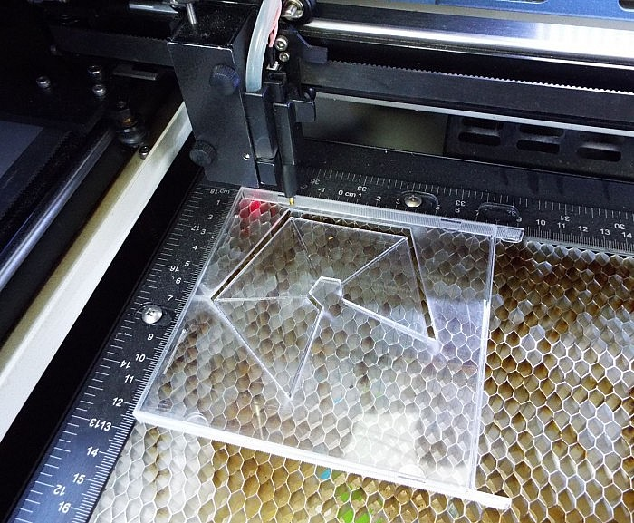 decoupe laser pyramide