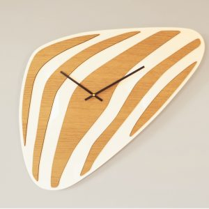 Horloge Galet design bois made in France Atelier Thorey Découpe laser