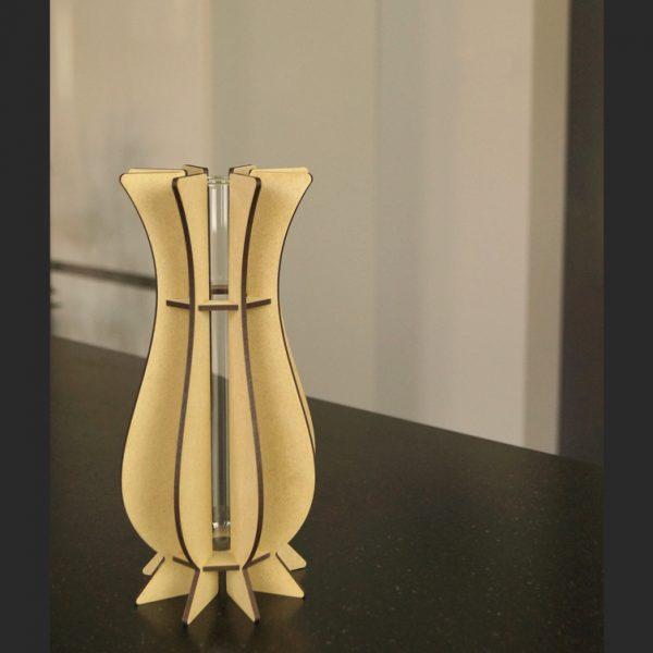 Vase en bois brut Mum