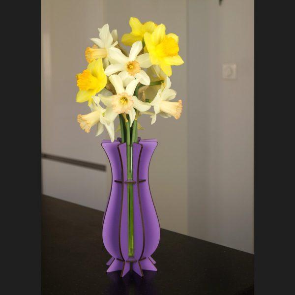 Vase violet en bois Mum