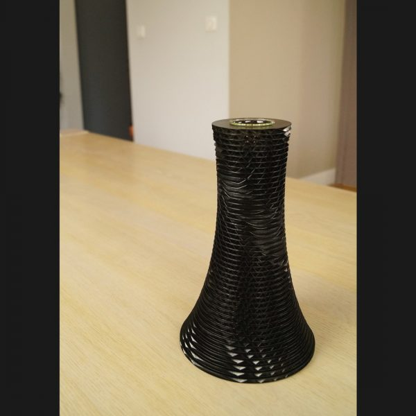 Grand vase Envol carton noir