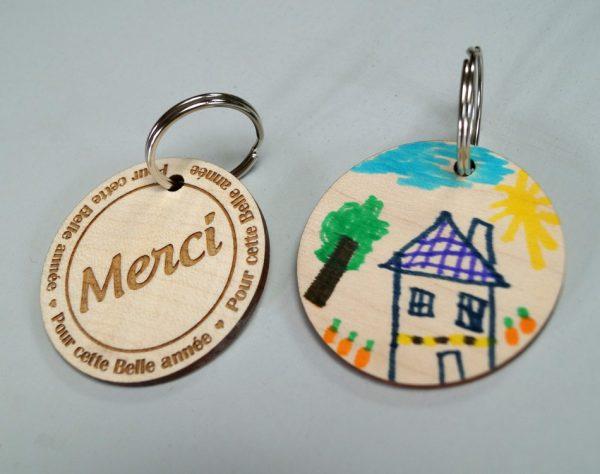 Porte-clé bois personnalisé avec dessin