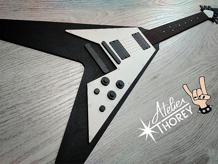 guitare déco murale en bois