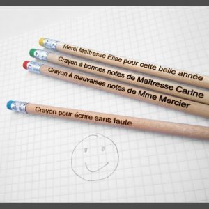 CRayons de papier gommes couleurs cadeau maîtresse Atsem