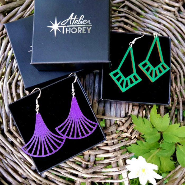 Boucles d'oreilles art déco vert émeraude ultra violet