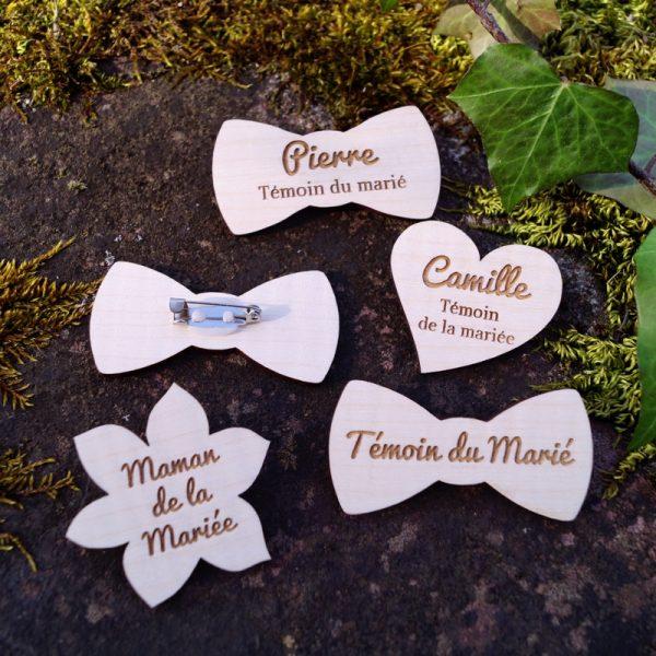 Badge bois personnalisé pour invités