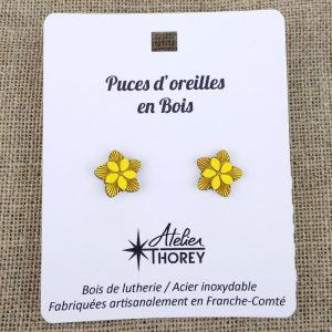 Puces en bois fleurs foncées jaune